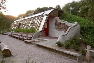 an earthsip house